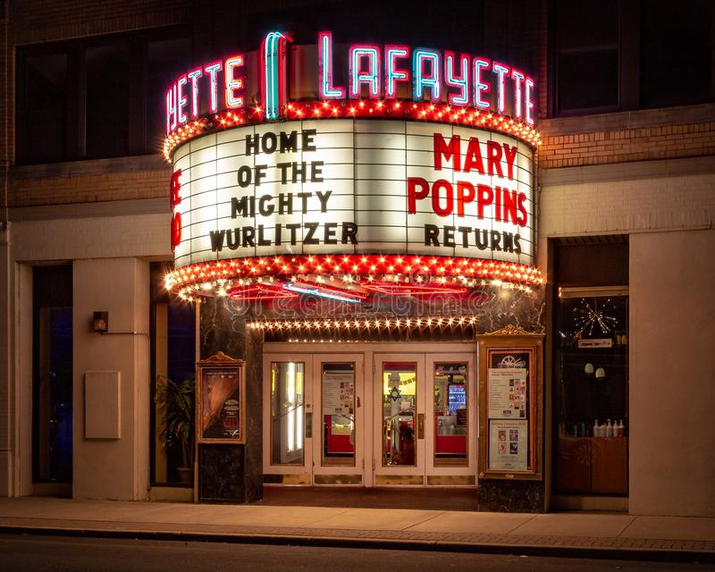 Suffern, NY/unido Estado-dezembro 15, 2018: Teatro de Lafayette fotos de stock