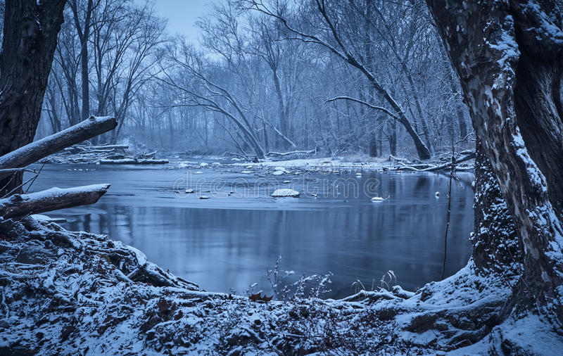 Sugar Creek im Winter lizenzfreies stockbild