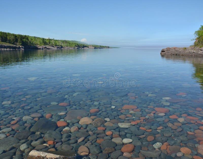 Sugar Loaf Cove 2, el lago Superior imagenes de archivo