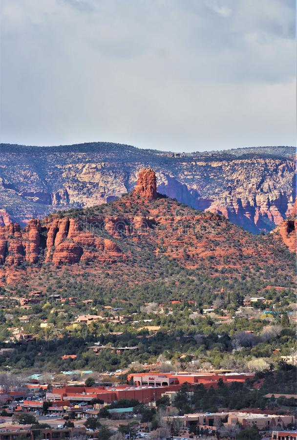 Sugarloaf Mountain, Summit Trail, Maricopa County, Sedona, Arizona, United States. Scenic landscape view of the mountains and desert vegetation from Sugarloaf stock photography