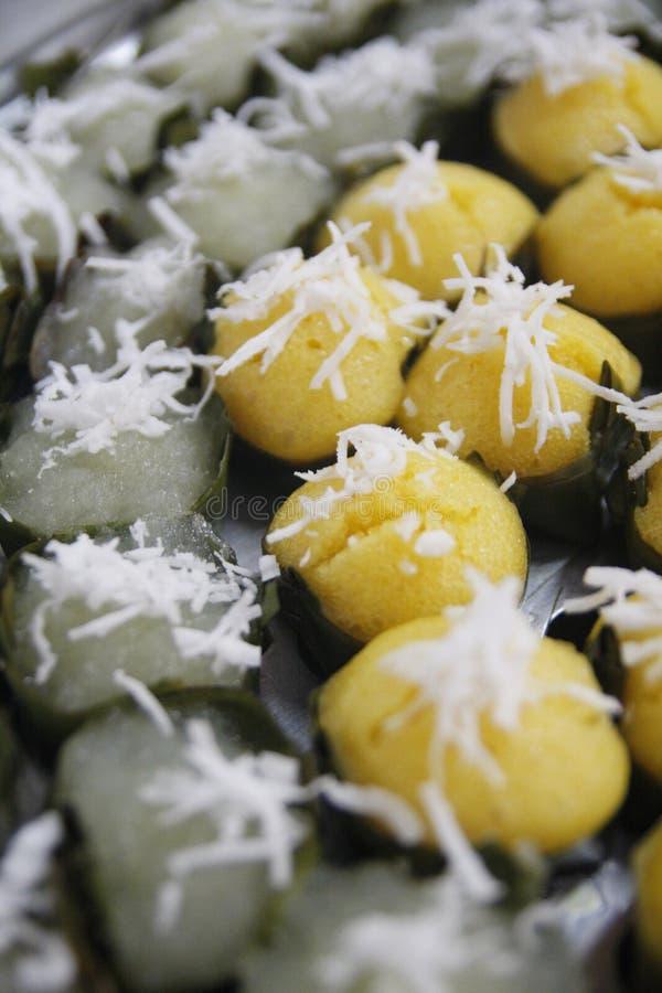 Sugarpalm-Kuchen und gedämpfter Bananen-Kuchen (Kanom Gluay) lizenzfreie stockbilder