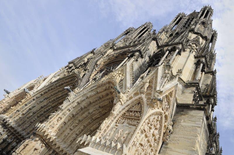 Sugerencia vertical de la catedral, Reims fotos de archivo libres de regalías