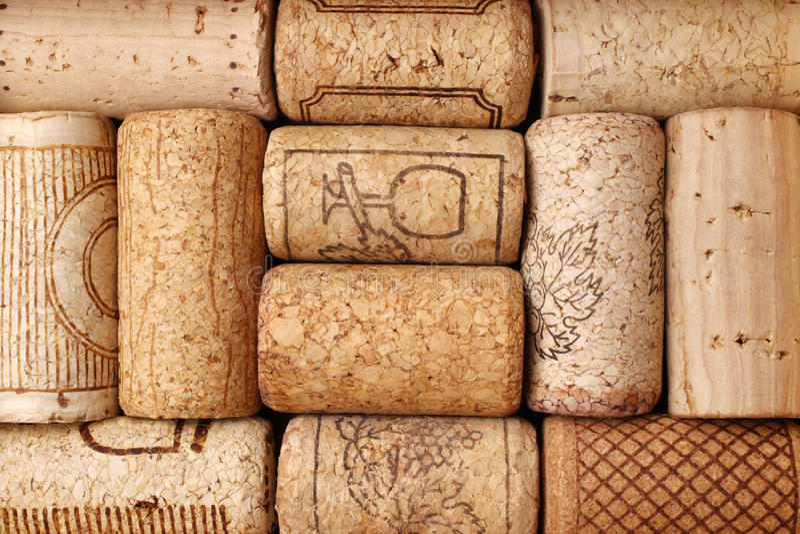 Sugheri differenti del vino immagini stock