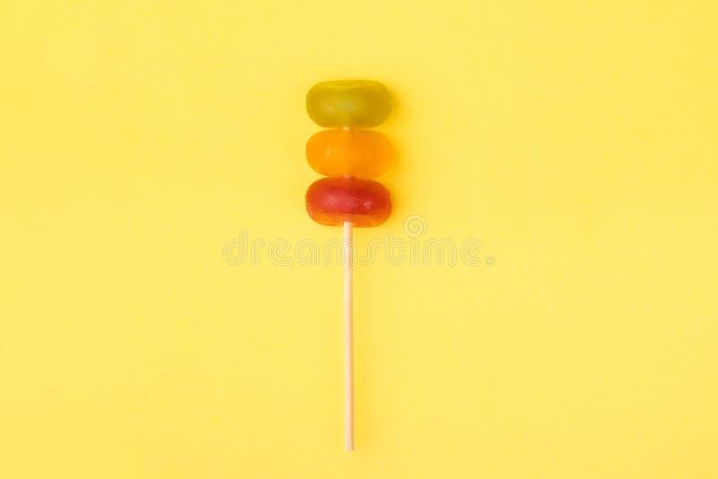 Suikergoed in de vorm van een verkeerslicht stock afbeelding