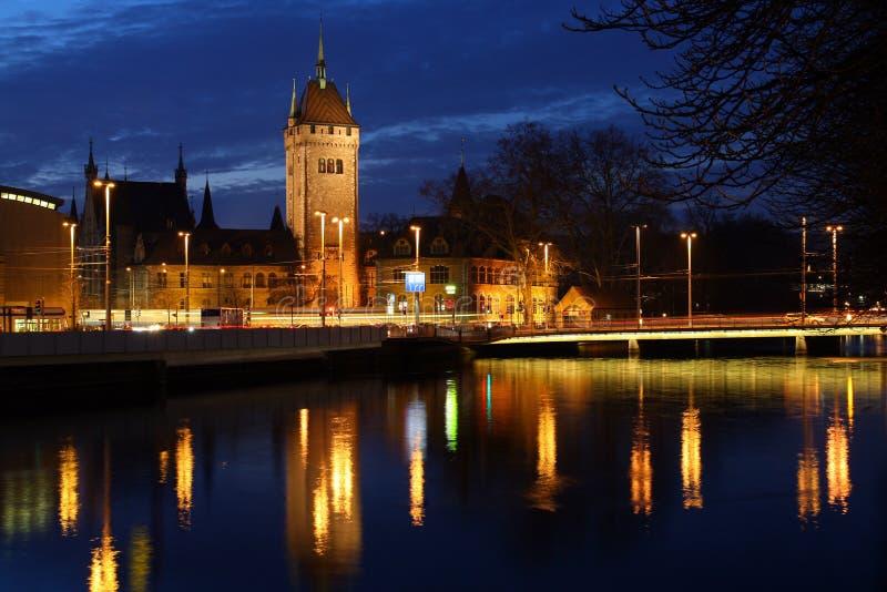 Suisse national Zurich de nuit de musée photographie stock libre de droits