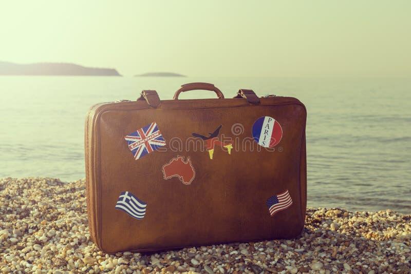 suitcase fotos de stock royalty free