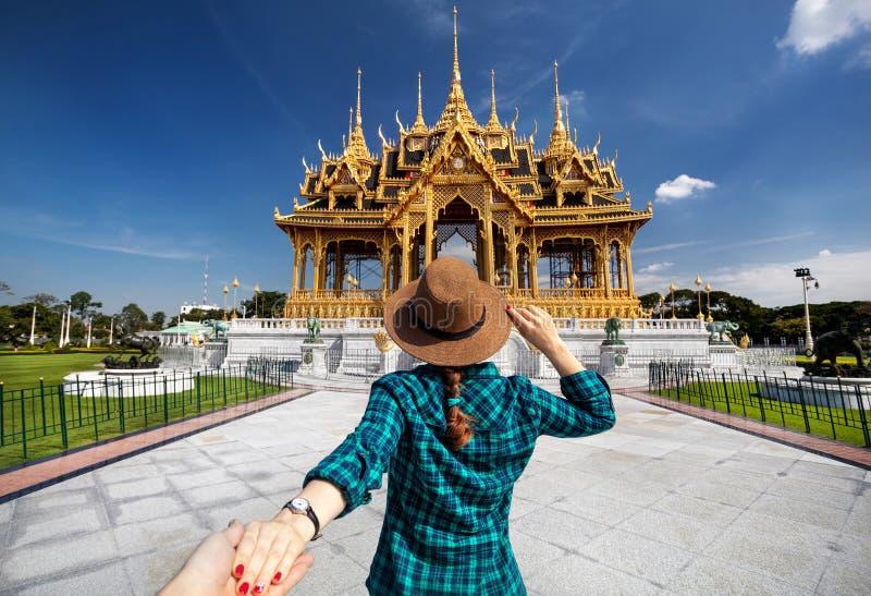 Suivez-moi à Bangkok image stock