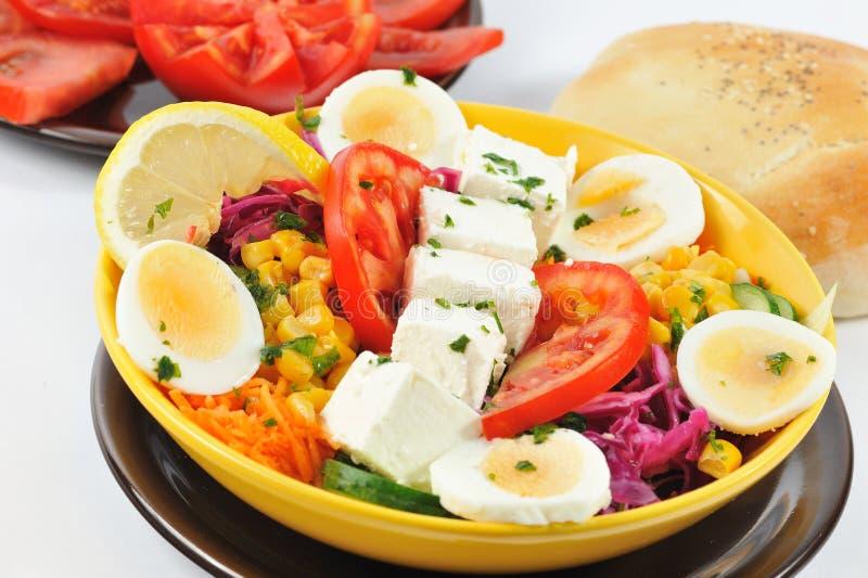 Suivez un régime la salade images stock