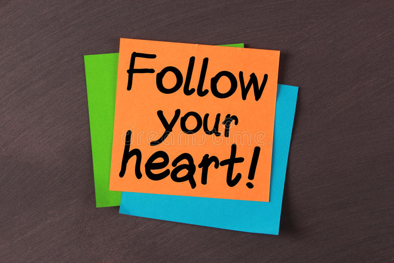 Suivez votre coeur photos libres de droits