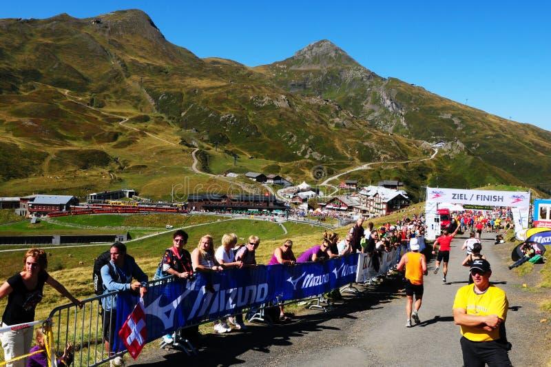 Suiza: Acontecimiento deportivo del Jungfrau-maratón en el Bernese Oberla imágenes de archivo libres de regalías