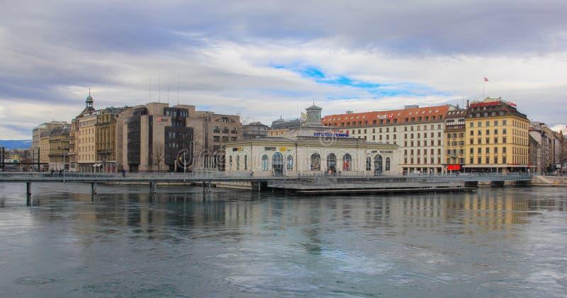 Suiza; Ginebra; 9 de marzo de 2018; Cite el edificio de du Temps en GE imágenes de archivo libres de regalías