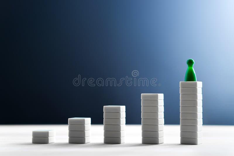 Sukces w biznesie, dosięgający cel, prowadzący i być best, zdjęcia stock