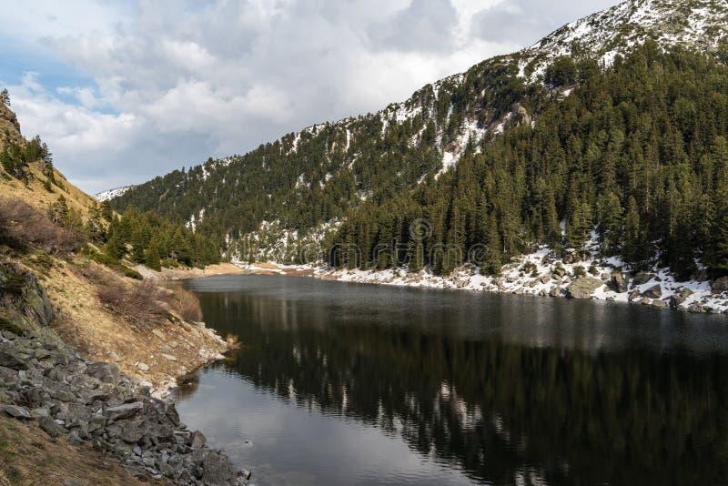 Sukhato jezioro Halny jezioro wewnątrz, Rila pasmo zdjęcie royalty free