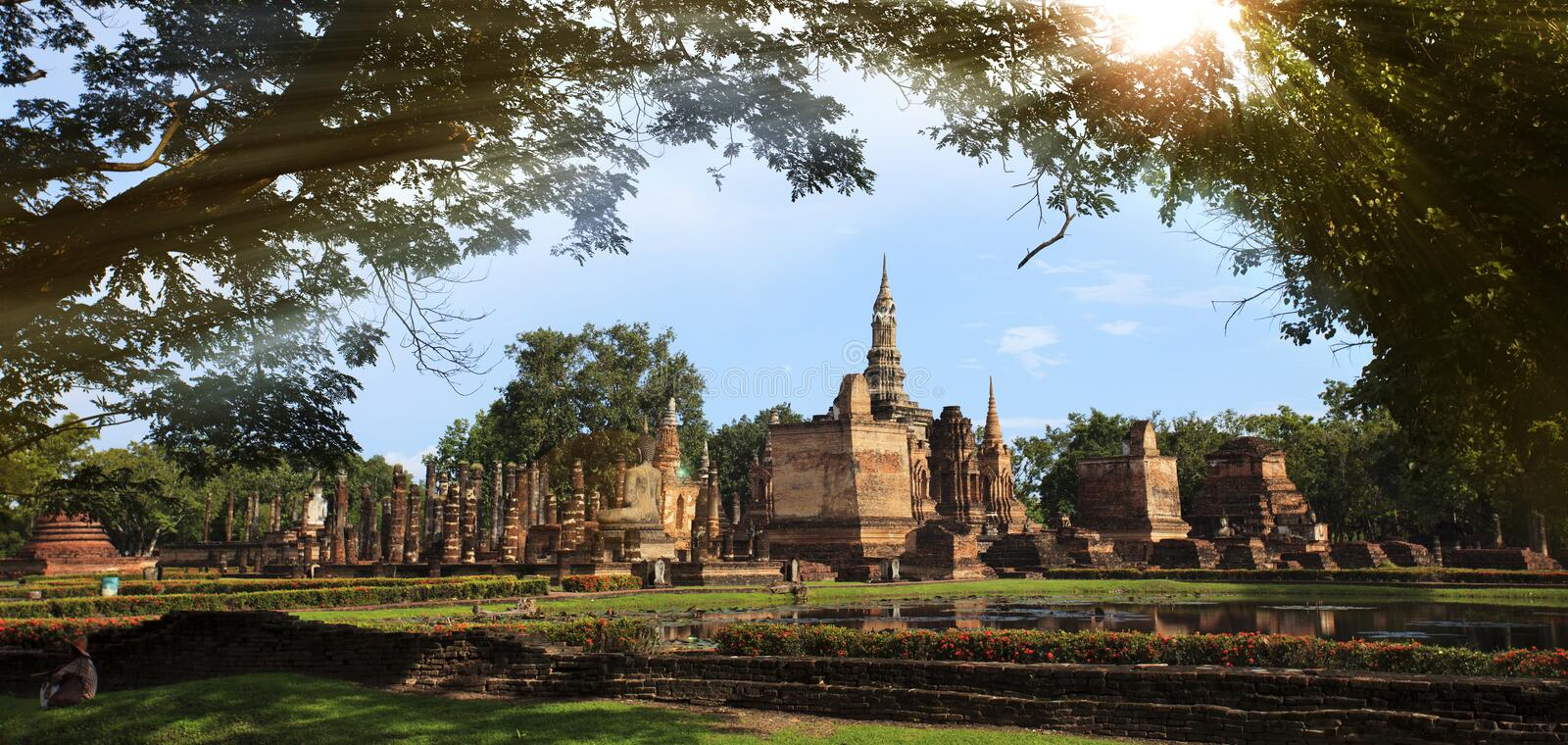 Download Sukho Thai historical park stock photo. Image of sculpture - 26326944