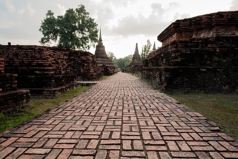 Sukhotha, Thailand - November 20, 2017: Wat Mahathat Temple in het gebied van het Historische Park van Sukhothai stock afbeeldingen