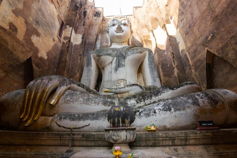 Sukhothai Thailand Wat Si ChumIt may not be a big Buddha Buddha. Width of 11.30 meters, 15 meters high, is the art of Sukhothai. Built from the Sukhothai period stock images