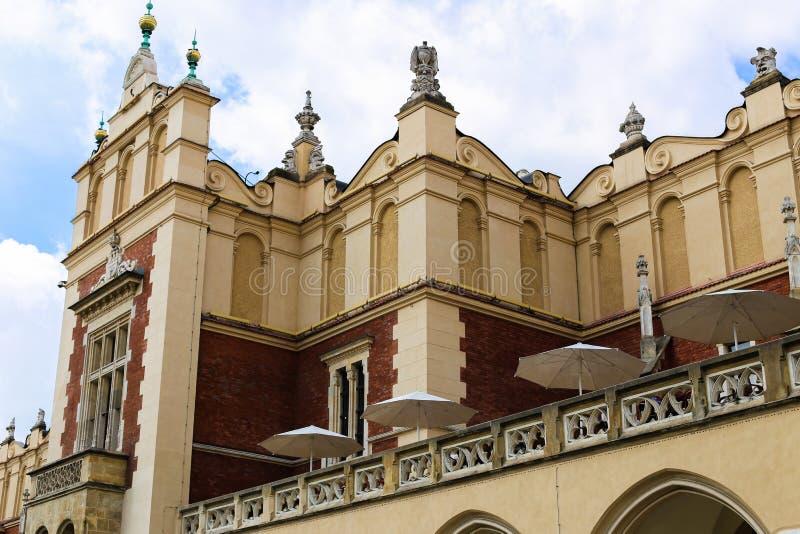 Sukiennice famoso a Cracovia, Polonia immagini stock