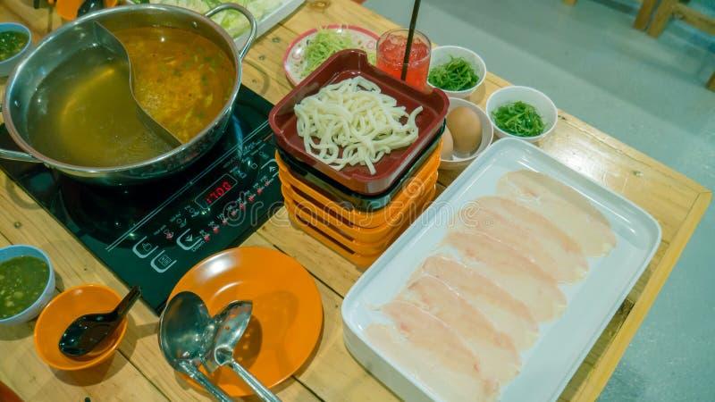 Sukiyaki или shabu стоковое фото rf