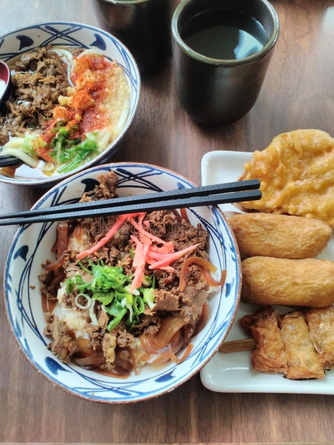 Sukiyaki-Versuchung lizenzfreies stockfoto