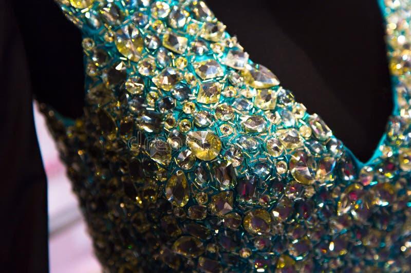 Suknia z kryształami i koralikami obraz stock