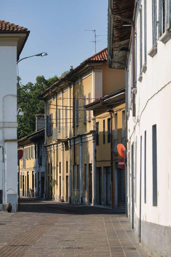 Sul Naviglio Milan, Italie de Cernusco : bâtiments photo stock