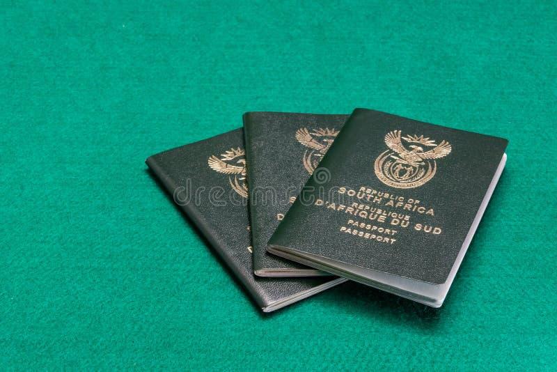 Sul - passaportes africanos fotos de stock royalty free