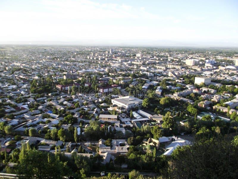 Sulaiman-Too山 市的看法奥什 免版税库存图片