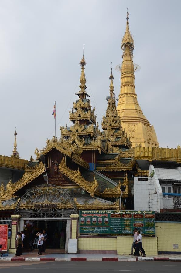 Sule Pagoda eller Sule Paya Yangon arkivfoton