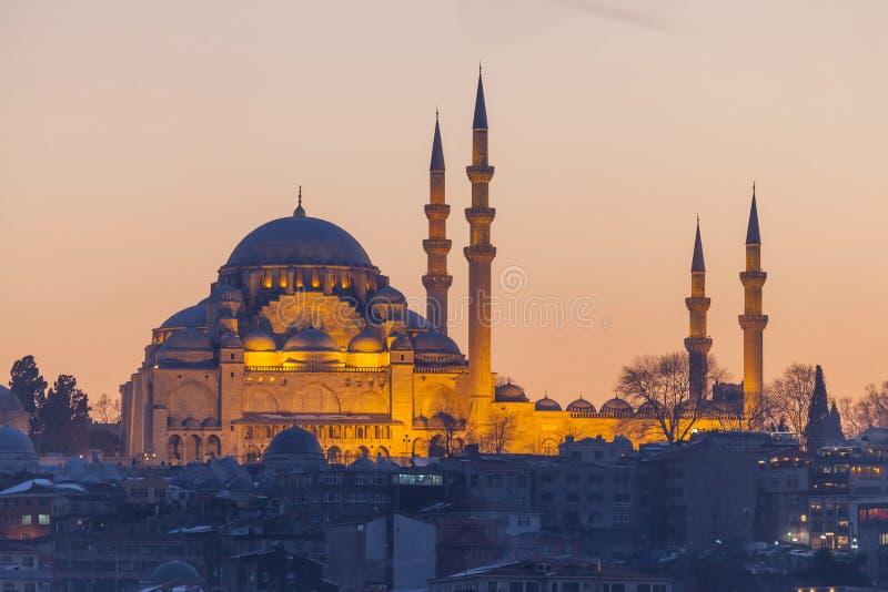 Suleymaniyemoskee in de avond, Istanboel stock fotografie