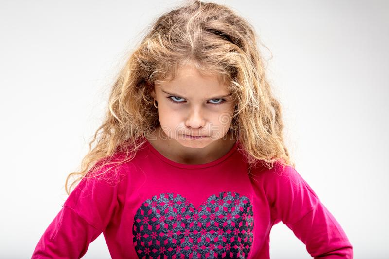 Sulky κορίτσι Preteen που κάνει το πρόσωπο στοκ εικόνες με δικαίωμα ελεύθερης χρήσης
