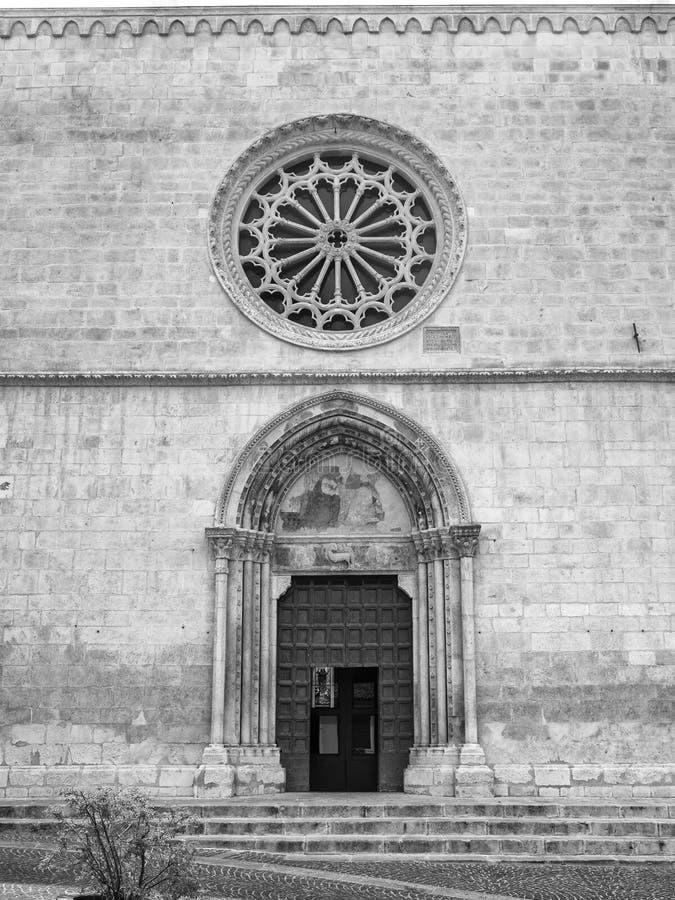 Sulmona Abruzzi, Italien, Santa Maria della Tomba kyrka arkivbilder