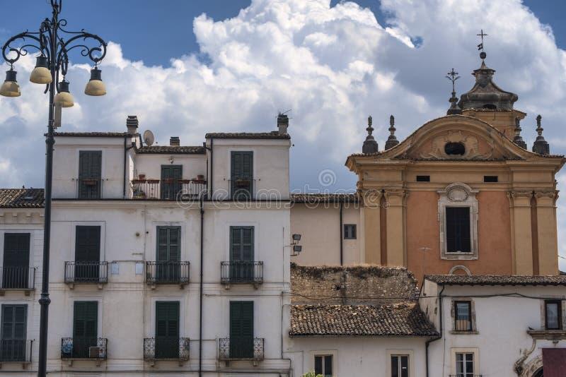 Sulmona Abruzzo, Ιταλία, ιστορικά κτήρια στοκ φωτογραφίες με δικαίωμα ελεύθερης χρήσης