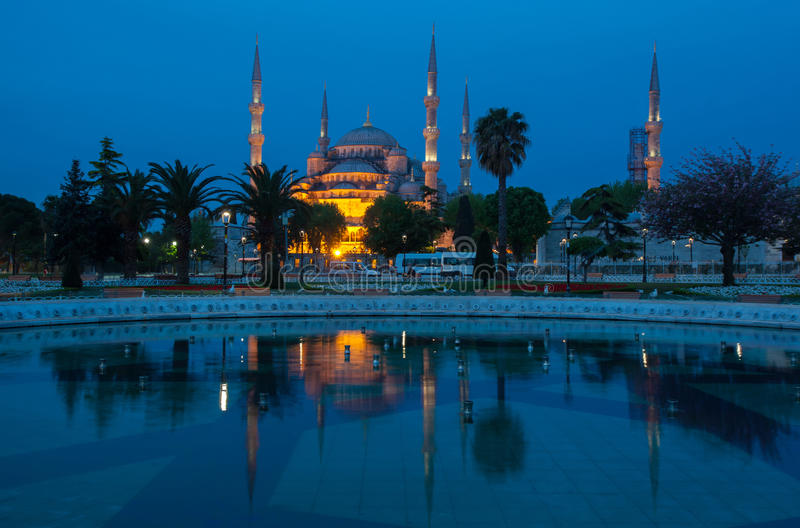 Sultan Ahmed Mosque an der Dämmerung lizenzfreies stockfoto