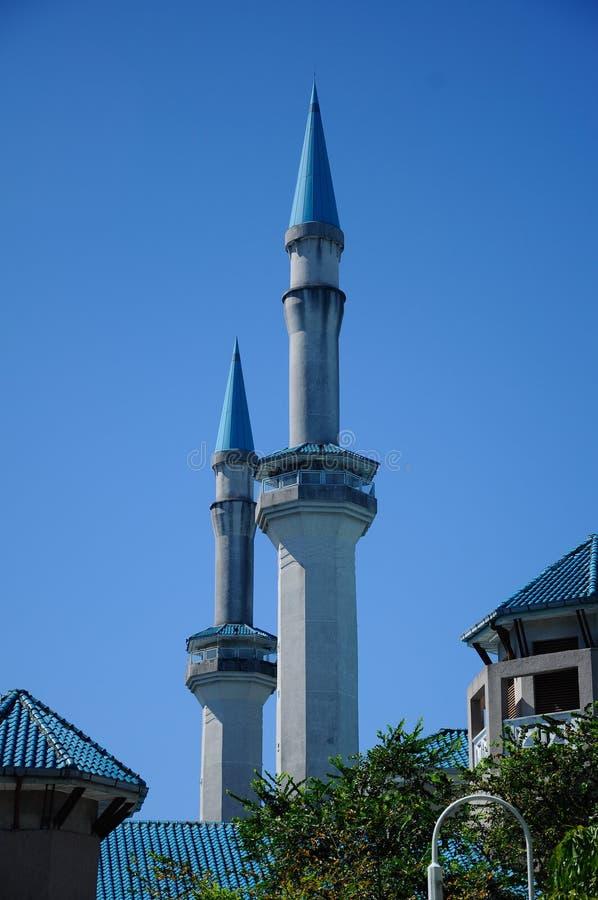 Sultan Haji Ahmad Shah Mosque a K en UIA-moské i Gombak, Malaysia royaltyfri bild