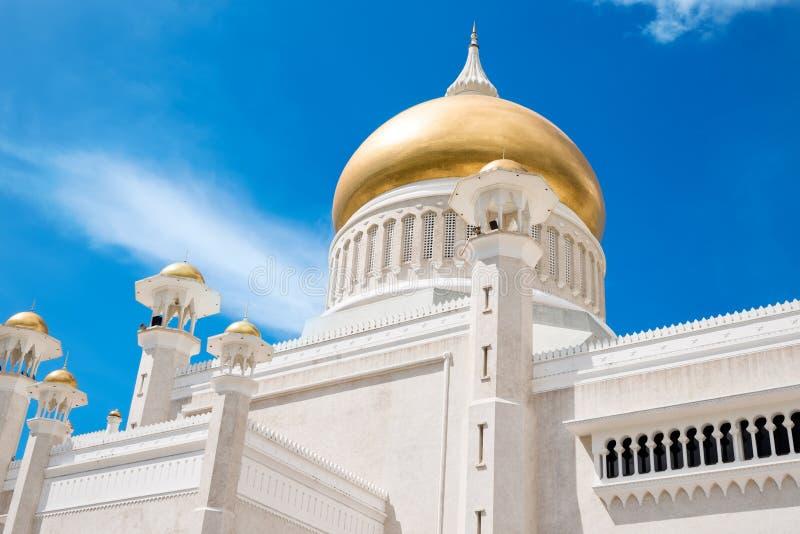 Sultan Omar Ali Saifuddin Mosque em Brunei Darussalam Darussalam imagens de stock