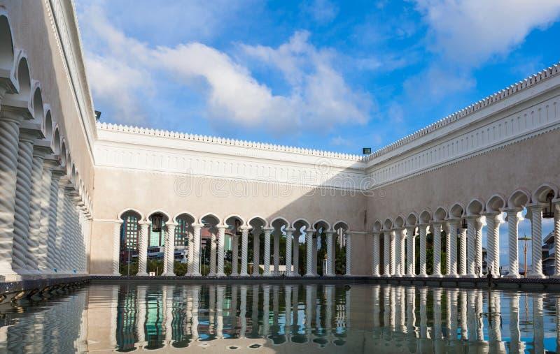 Sultan Omar Ali Saifuddin Mosque em Brunei Darussalam foto de stock