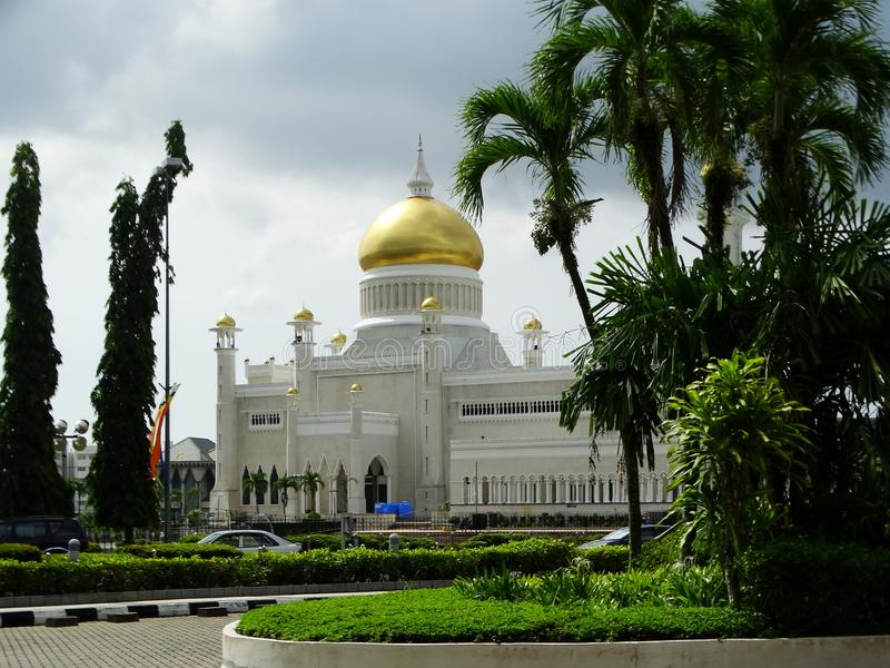 Sultan Omar Ali Saifudding Mosque Bandar Seri Begawan, Brunei royaltyfria bilder