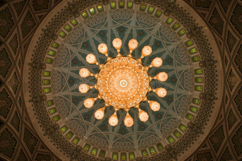 Sultan Qaboos Grand Mosque Muscat royaltyfri foto