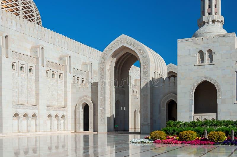 Sultan Qaboos Grand Mosque - Muscat - Oman arkivbilder
