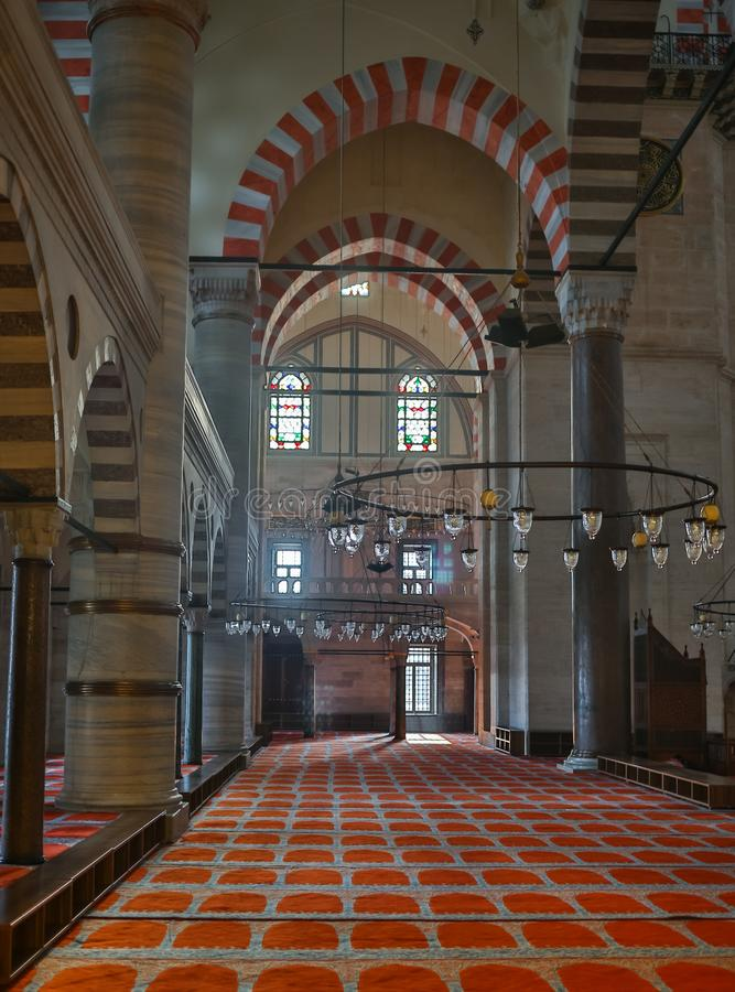 Sultanahmet清真寺蓝色清真寺的内部在伊斯坦布尔,土耳其 免版税图库摄影
