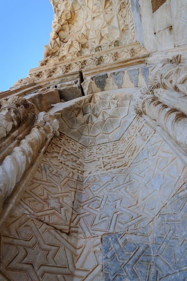 Sultanhani商队投宿的旅舍,阿克萨赖,土耳其 丝绸之路 整洁的装饰大门 图库摄影