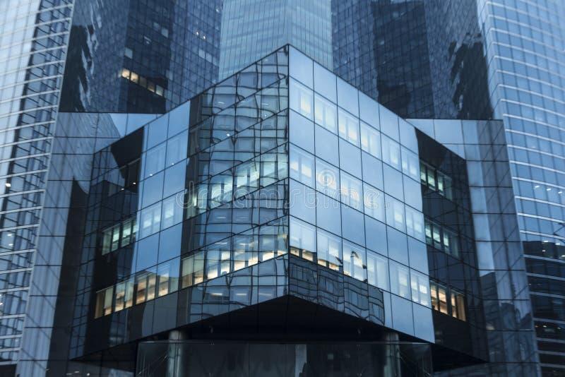 Sumário moderno do edifício fotos de stock royalty free