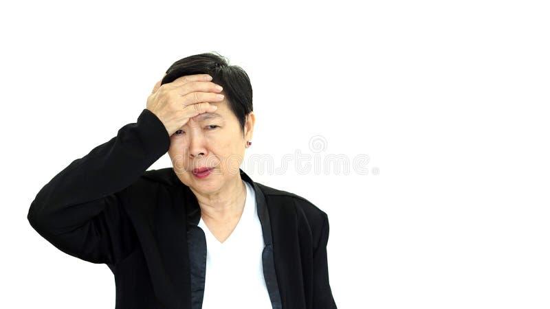Sumário virado e infeliz l da mulher de negócio asiática do alto diretivo imagens de stock