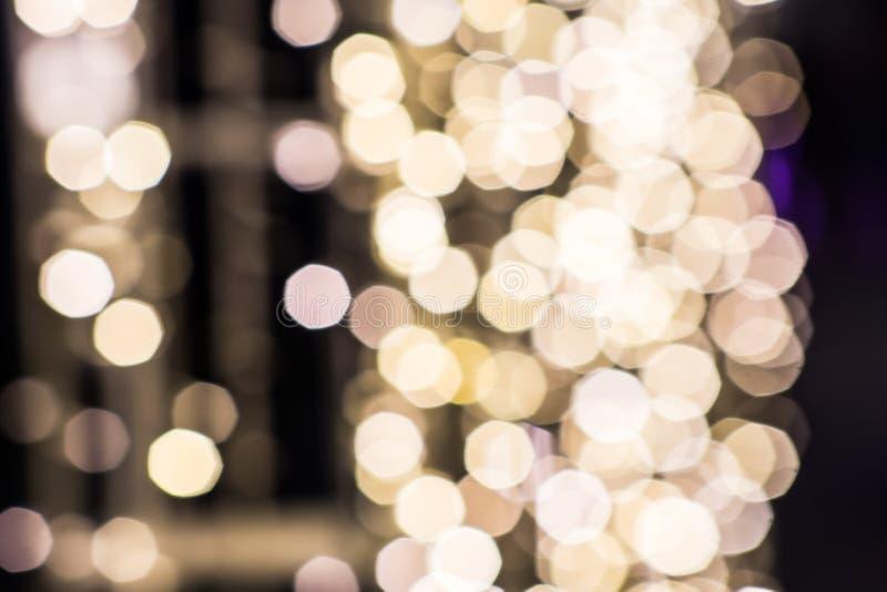 Sumários que iluminam-se na noite para o fundo imagem de stock royalty free