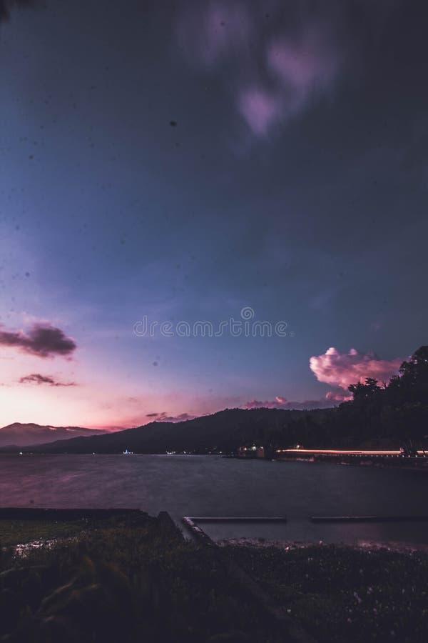 Sumatera ocidental de Singkarak do lago fotografia de stock royalty free