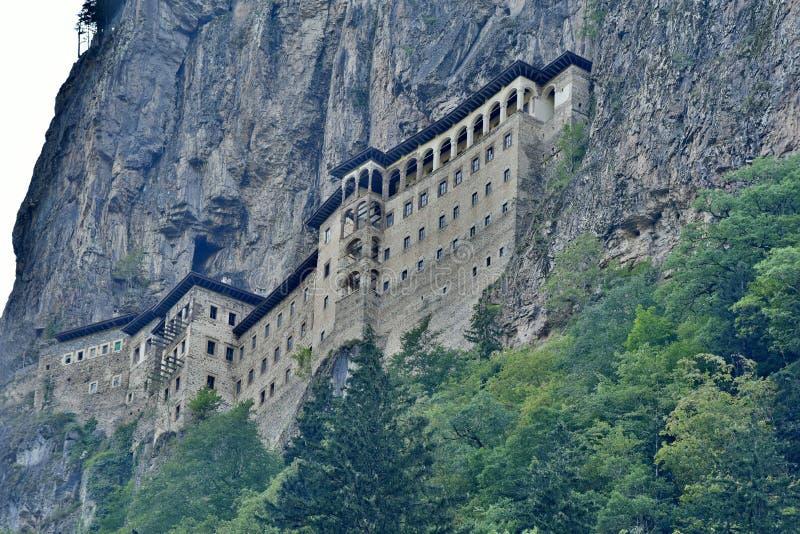 Sumela Monastery op de kust van de Zwarte Zee van Turkije stock afbeelding