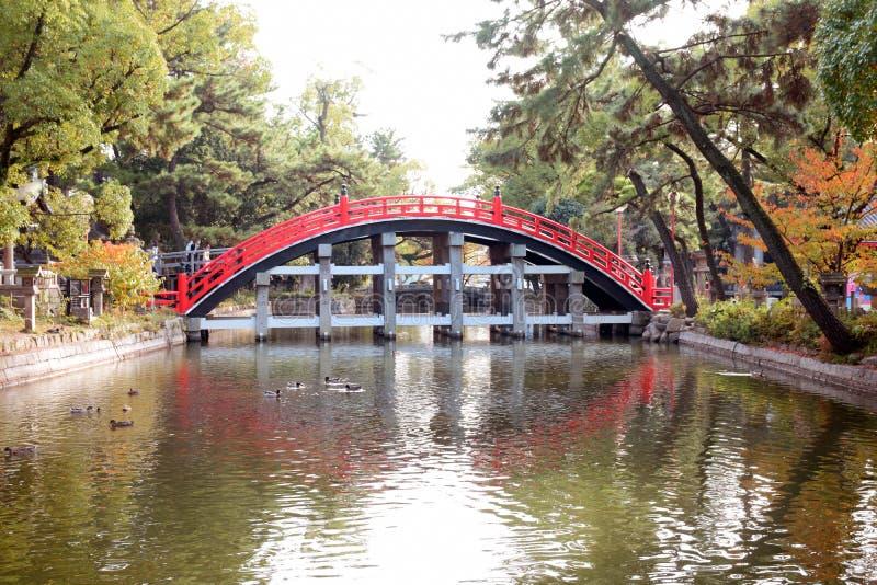 Sumiyoshi Taisha寺庙,大阪鼓桥梁  库存图片