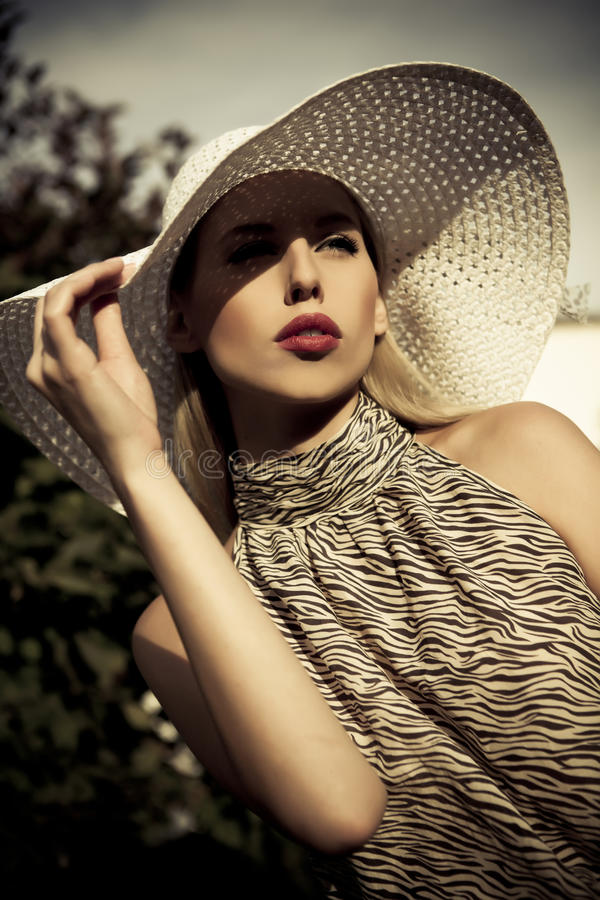 Free Summer Fashion Girl With Hat Stock Photo - 21196740