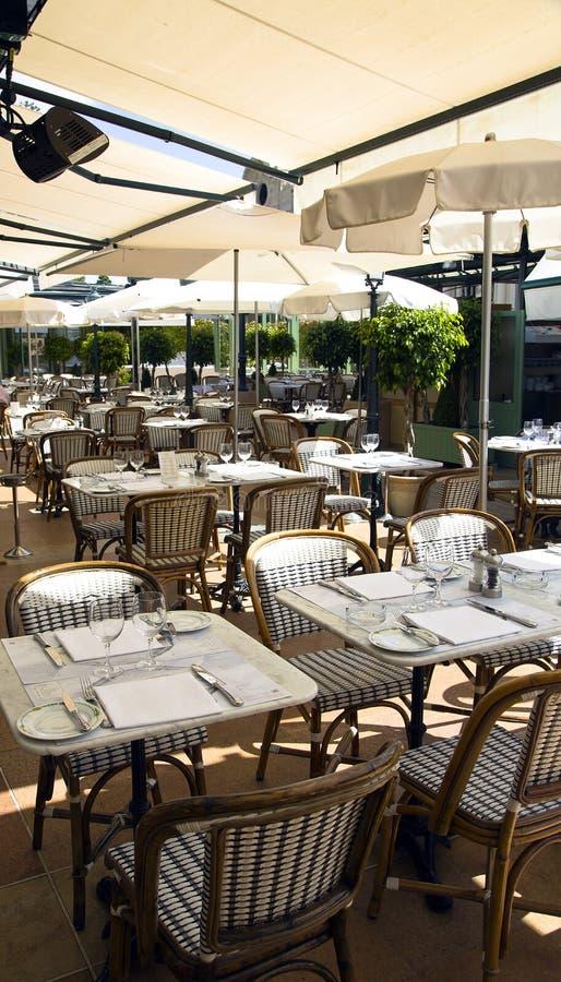 Summer patio of Cafe de Pari