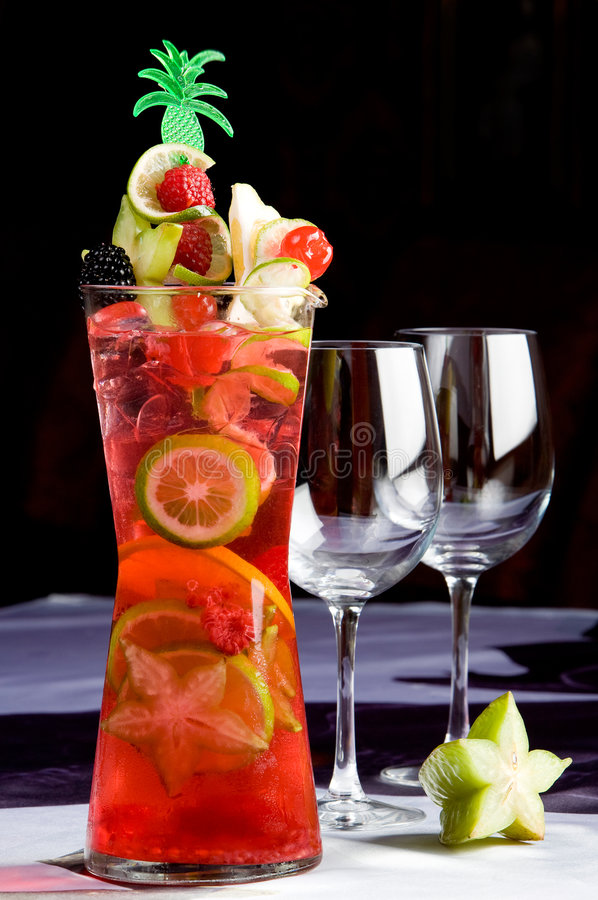 Free Summer Punch Royalty Free Stock Photos - 9240528